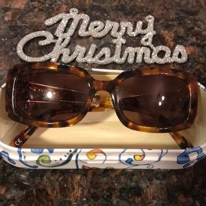 Brighton Sunglasses In a Gift Tin Carrying Case